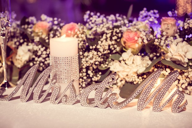 diamante-mr-mrs-sequinned-sign