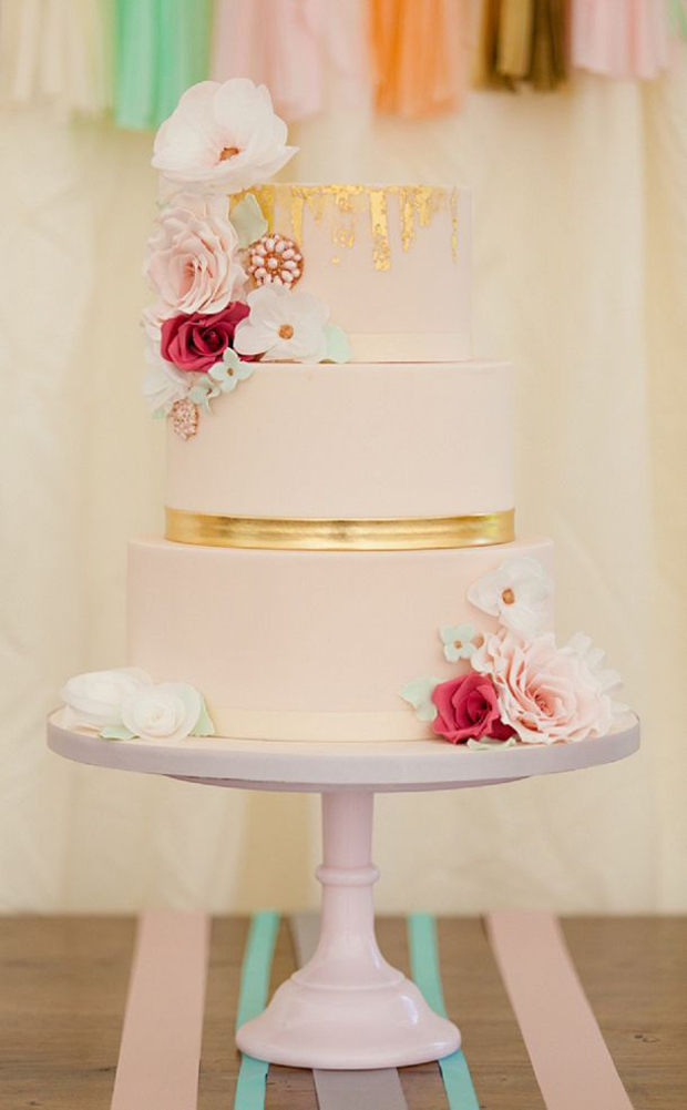 4pink-gold-wedding-cake