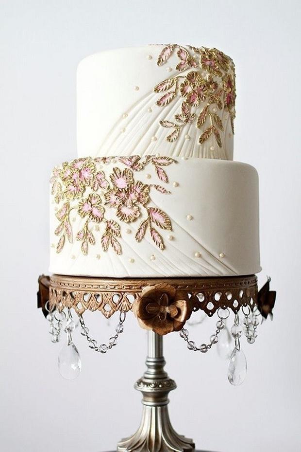 7gold-leaf-wedding-cake