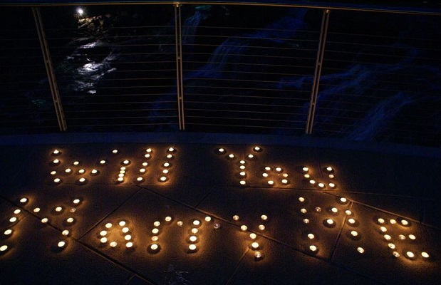 6 Romantic Marriage Proposal Ideas To Use During The Festive Season