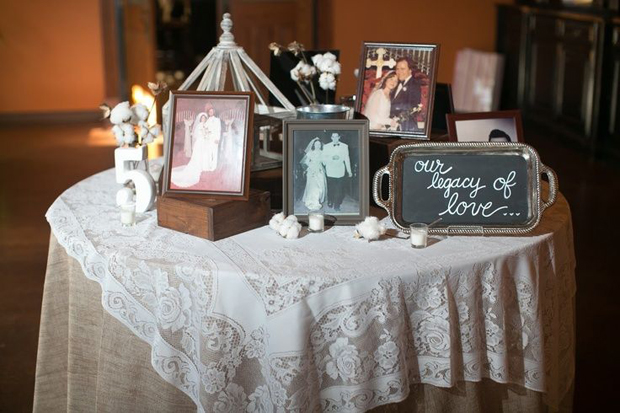 photo-table-ways-to-remember-lost-loved-ones
