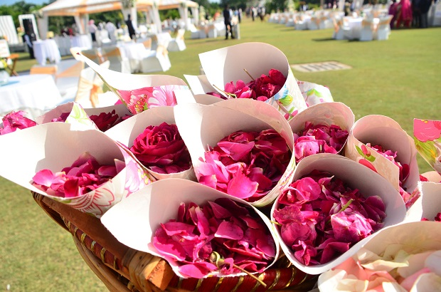 wedding flower paper cones