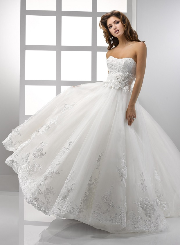 Wedding dress style - what does it reveal about your personality?