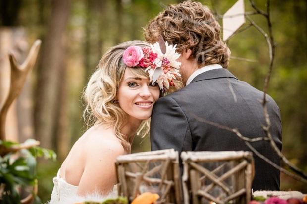 wedding flowers in bridal hairstyles