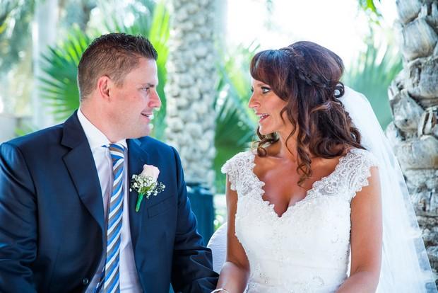 bride-and-groom-wedding-ceremony