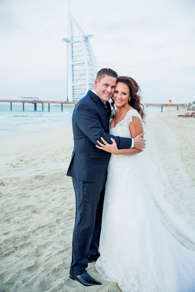 bride-groom-beach-UAE