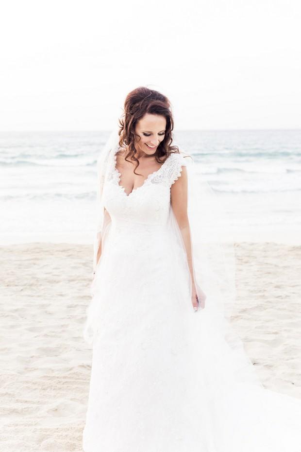 bride-in-handmade-wedding-dress-from-UAE