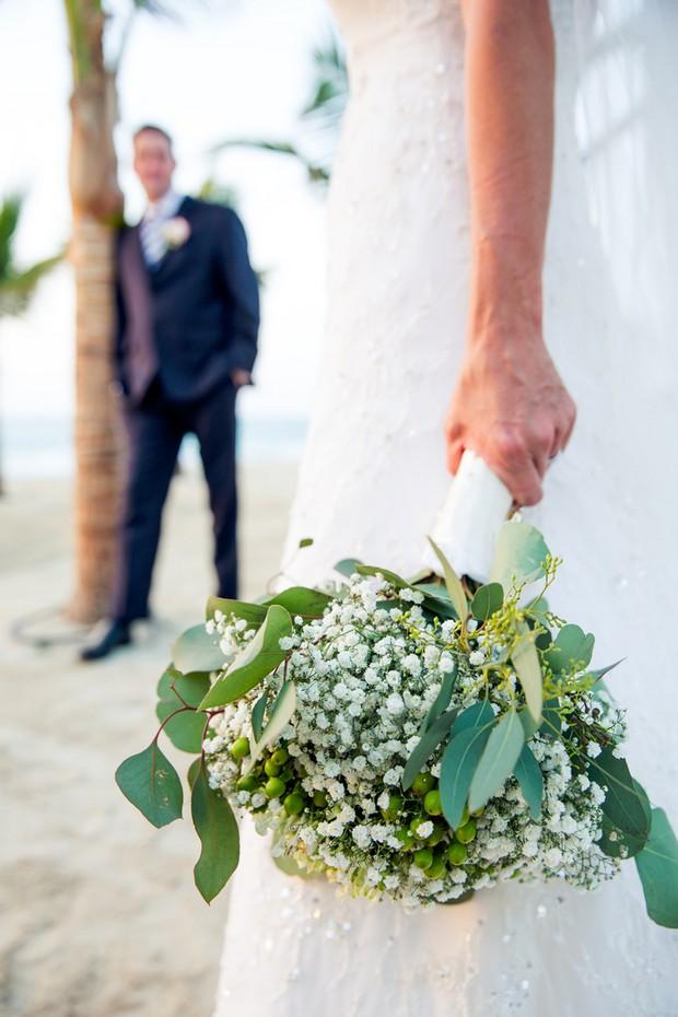 bride-with-baby's-breath-bouquet