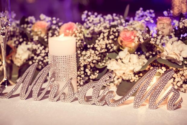 diamante-mr-mrs-sequinned-sign