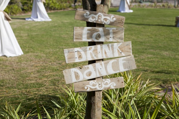 fun-wooden-wedding-sign-uae-real-wedding-dubai