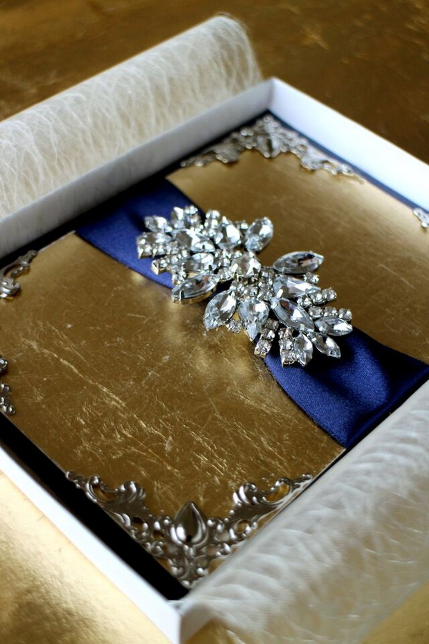 opulent-wedding-invites-uae