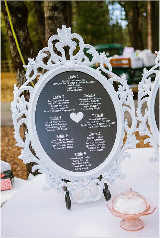 chalk-board-table-plan-wedding