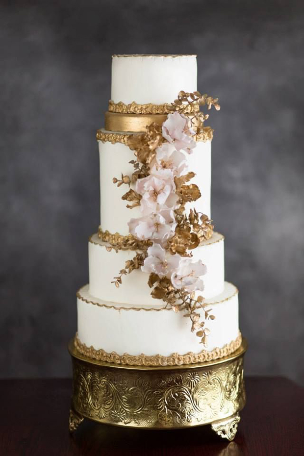5 tips for choosing the perfect wedding cake. Black Bedroom Furniture Sets. Home Design Ideas