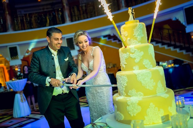Weddingsonline Real Weddings: A Romantic Real Wedding At Jumeirah Beach Hotel And Burj