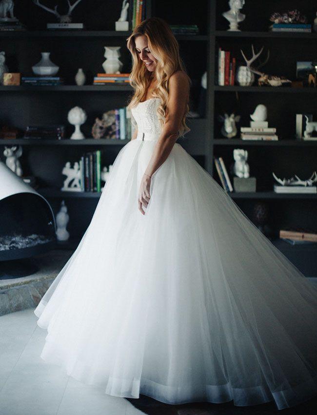 Detachable wedding dresses we love for Removable tulle skirt wedding dress