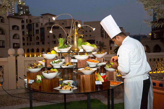 al-fresco-wedding-food-dubai-real-wedding