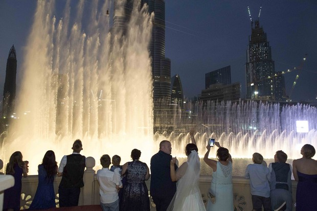 dubai-real-wedding-fireworks-at-night