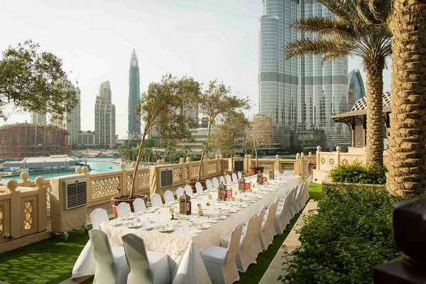 dubai-real-wedding-outdoot-reception-arabic-theme