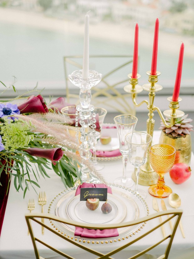 romantic-luxurious-place-setting-UAE