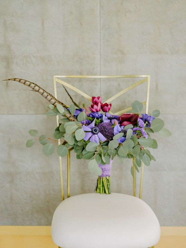 wildflower-bridal-bouquet-sitting-onelegant-chair