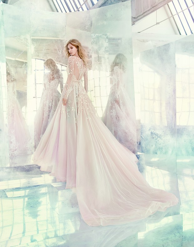 lace-wedding-dress-the-bridal-showroom-UAE