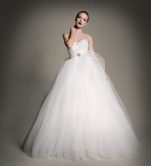 wedding-gown-the-bridal-showroom-UAE