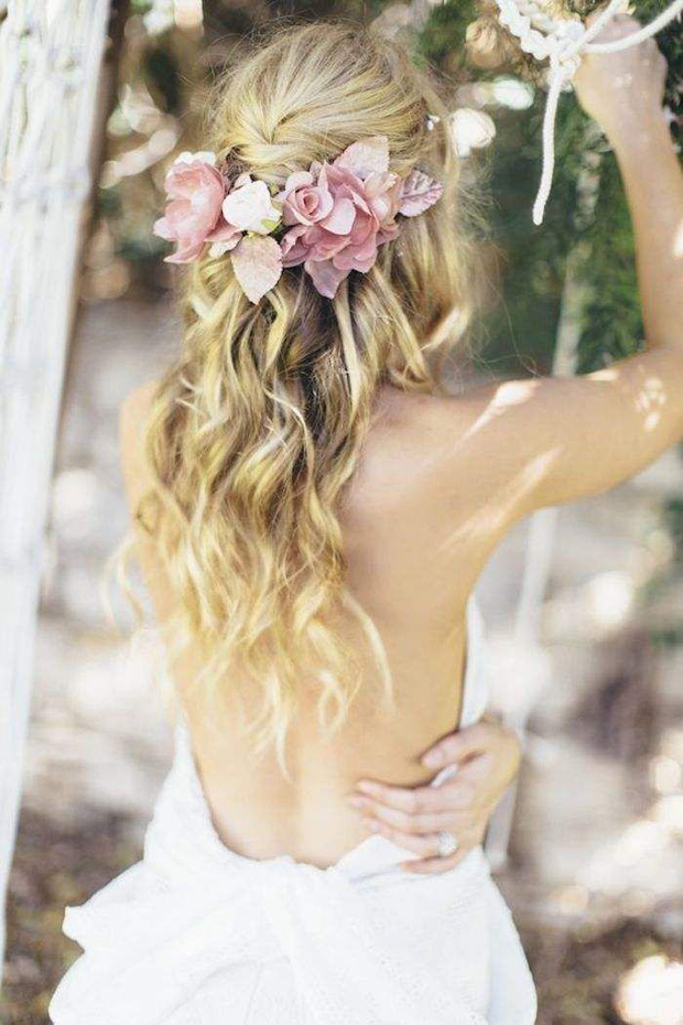 Half-Up-Half-Down-Wedding-Hairstyle-with-Fresh-Flowers
