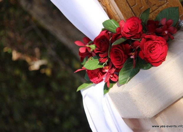 real-wedding-one-and-only-rose-wedding-decor