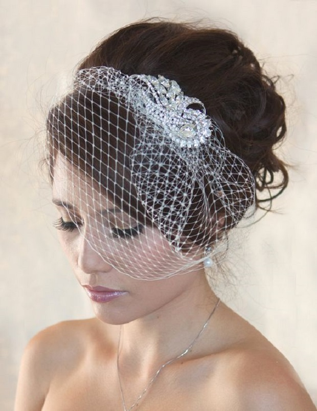 birdcage veil sold via etsy
