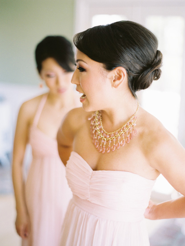 bridesmaid-in-coral-statement-necklace