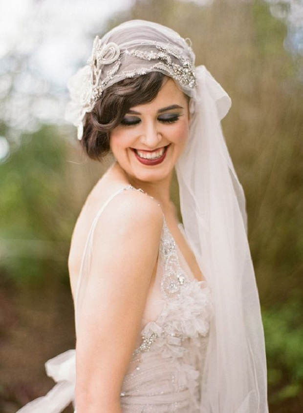 great gatsby inspired wedding veil via SMP