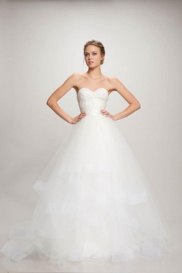 12 best strapless wedding dresses for uae weddings for Helen miller wedding dresses