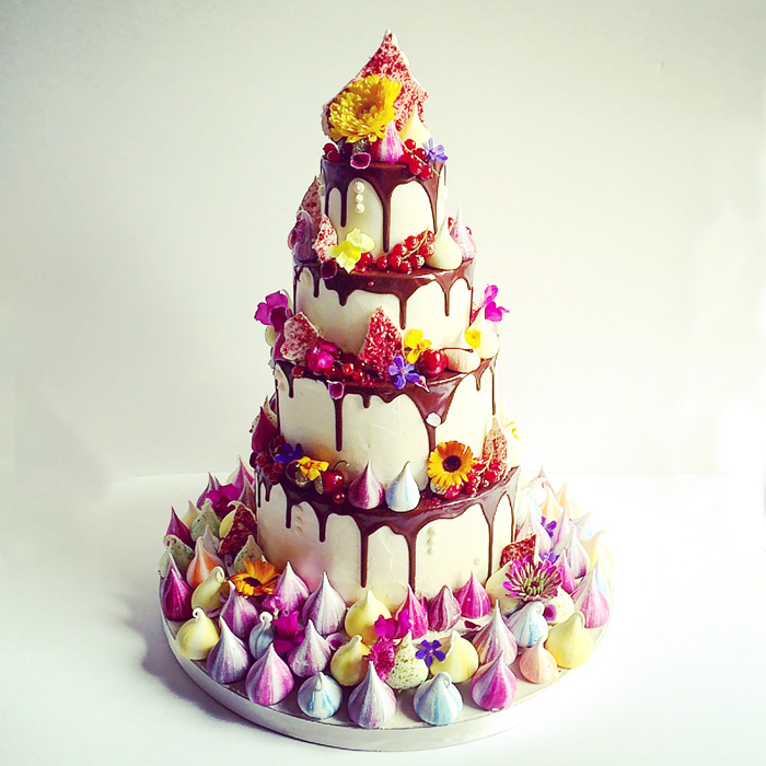Meringue Drip 2017 Wedding Cake Trends