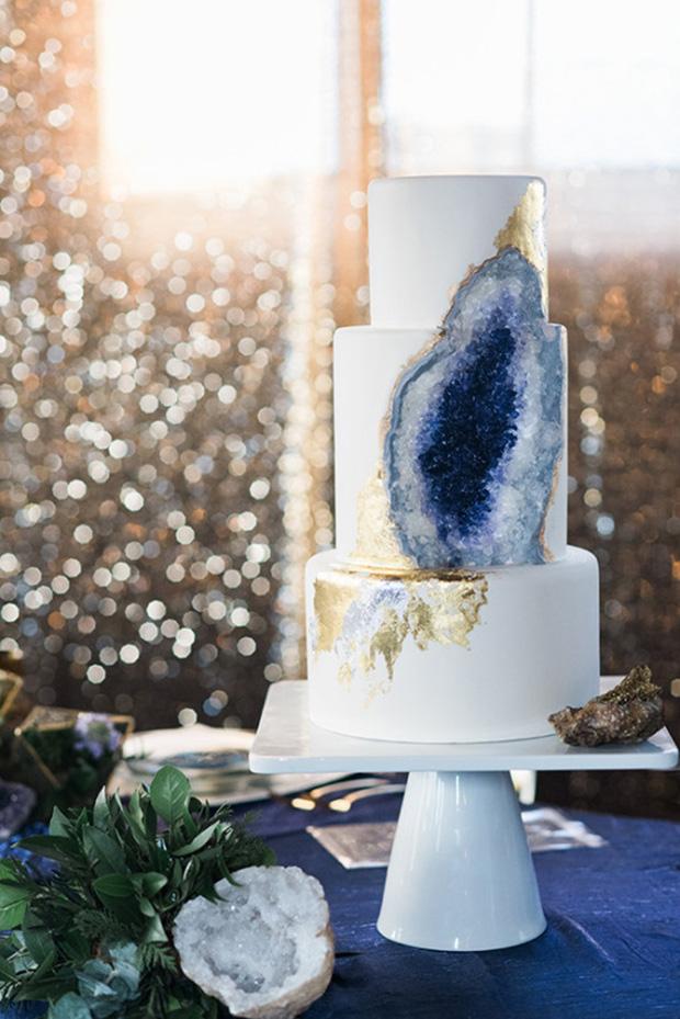 Geode inspired 2017 Wedding Cake Trends