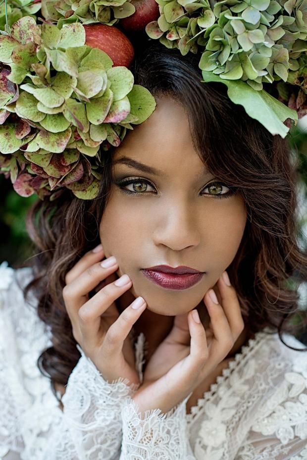 Forest Bride Bridal Fashion Flower Crown