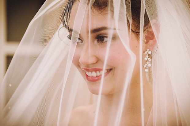 10 dos and dont's of bridal makeup