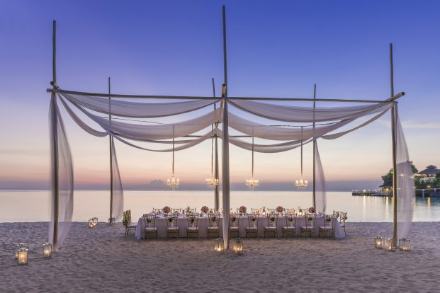 Evening Wedding Dinner Beach front Shangri-La