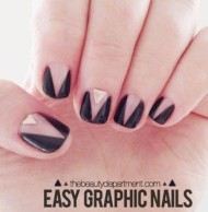 Black & Gold Graphic Nails