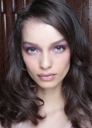 Mauve Toned Make-Up