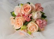 Peach & Cream Rose Bouquet